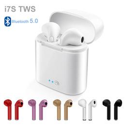 boucles d'oreilles intelligentes Promotion TWS i7S écouteur sans fil Bluetooth avec boîte de charge stéréo True Earbud casque boucles d'oreilles pour tous les téléphones intelligents avec Retail Box 067