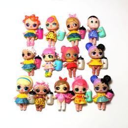 2019 modelos de vestidos de desenhos animados 18 modelos aleatórios lol recém-nascidos bonecas com mamadeira sapatos de alimentação vestido kawaii bonito crianças brinquedos mini actrion figura modelos de vestidos de desenhos animados barato