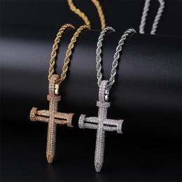 18 Karat Gold Weißgold CZ Cublic Zirkonia Nagel Kreuz Anhänger Halskette für Liebhaber Paare Iced Out Hip Hop Schmuck Geschenke für Männer und Frauen von Fabrikanten