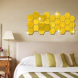Argentina 12pcs / set 3D Room Hexágono acrílico Espejo pegatinas de pared DIY Arte Decoración de pared pegatinas de estar reflejado Etiqueta Oro Decoración Hogar Suministro