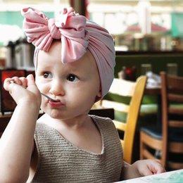Новые ребёнки широкая полоса Bow ободки Дети Мягкая эластичная Bowknot Hairbands Дети волос аксессуары для волос принцессы головной убор 16 цветов от Поставщики универсальный стенд