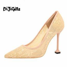 Abito Primavera Estate Donna Décolleté Pizzo all'uncinetto Tacchi alti Hollow Cut Out Mesh Stilettos Wedding Bridal Party Club Shoes Donna da