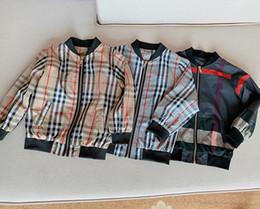 NewClassic Ekose Bahar çocuklar giysi tasarımcısı erkek Rüzgarlık Çocuk Giyim Erkek Ceket Açık Spor Fermuar Ceket Çocuk Dış Giyim Bluz nereden