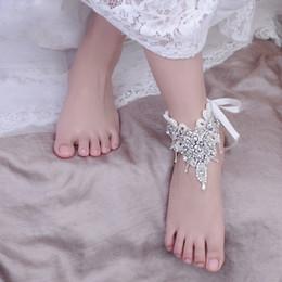 Pie de la cadena del rhinestone online-2019 Boda en la playa Sandalias descalzas Perlas de diamantes de imitación 1 pieza de pie nupcial accesorio joyería cadena tobilleras