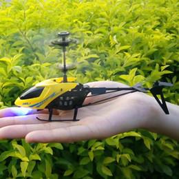 controlador de luz rc Desconto RC 901 2CH levou Mini RC Radio helicóptero remoto aviões de controle Micro Controlador de RC Helicopter Crianças Drone Copter Com Gyro e luzes