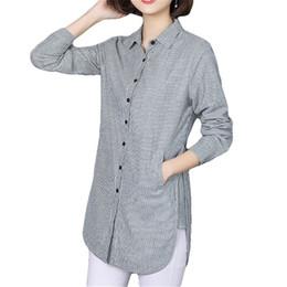 Vogorsean Mulheres Blusa Listrada Camisa Ocasional Solto Estilo Camisa Plus Size Primavera Outono Manga Comprida Escritório Senhoras Roupas Tops Y190427 de