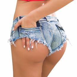 Jeans sexy delle ragazze della vita bassa online-Micro Jeans corti Feminino Mini Short Sexy Femme Denim Pantaloncini donna con vita bassa 2018 Summer Thong Jeans For Women Blue C19041201