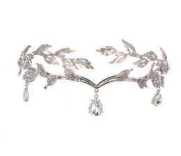 Le front de la mariée mezzanine pendentif diamant coiffe de mariage en alliage diamant couronne mariée mariée bijoux en cristal pour jeune et belle dame ? partir de fabricateur