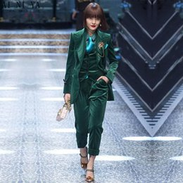 Дамский бархатный жилет онлайн-Custom Made velvet green 3 Piece Slim Women's Pants Suit Vest Business Office Set Ladies Work Wear Outfit Blazer