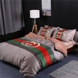 2019 hojas de impresión jirafa Conjuntos de ropa de cama de rayas de diseño Europa y América Funda de cama de 4 piezas Juego de sábanas de moda Conjuntos de funda de edredón