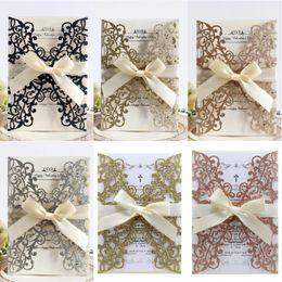 Tarjetas de felicitación para el nuevo año online-Invitaciones de boda DIY Tarjetas de día de San Valentín huecas con láser Tarjetas de compromiso de feliz año nuevo Tarjeta de felicitación de brillo