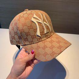 2019 senhoras inverno cap bege 2019 nova marca de moda homens e mulheres modelos de chapéu de sol ajustável high-end homens e mulheres moda cap