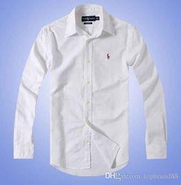 colar material camisa Desconto Medusa outono 2 e inverno novos homens camisa de algodão de mangas compridas cor sólida camisa POLO casual dos homens moda Oxford camisa social farelo
