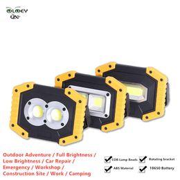 2019 batería led luces de trabajo OLOEY 18650 batería de litio de carga del fulgor de luz de inundación COB LED de luz antideslumbrante 30000lm Faro de trabajo super brillante luz LED 100W
