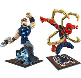 heróis voadores Desconto Vingadores Marvel Voar SpiderMan armadura de ferro-homem Super Herói Peter Parker nova arma axe thor Diamante Edifício Nano Blocos Tijolo Brinquedos