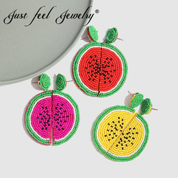Красные свадебные украшения онлайн-JUST FEEL Boho Fruit Watermelon Shape  Drop Dangle Earrings Handmade Red And Yellow Earrings Female Wedding Pendant Jewelry