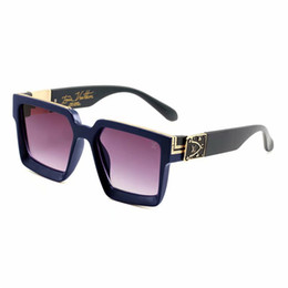 Designer famoso projeta óculos de sol da moda e de luxo para as mulheres para homens de Fornecedores de acessórios mercedes benz