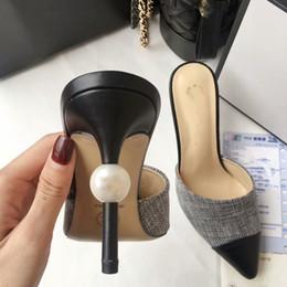 Классический женский острым носом натуральная кожа бежевый белый черный туфли женские сандалии на высоком каблуке туфли на высоком каблуке женщина платье выпускного вечера обувь Q-276 от