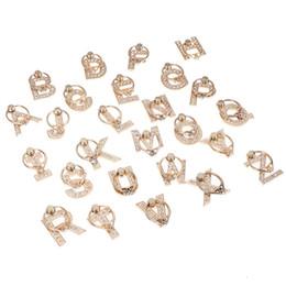 Fingerringe briefe online-360 grad Fingerring Telefon Ständer Metall Diamant A-Z Brief Handyhalter Ständer Handys Ring Schnalle Faul Halterung HHA440