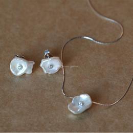 Puro set perla online-2018 l'ultima collana di perla pura irregolare di stile La vera 925 Sterling Silver Chain Pearl Set orecchino e collana di gioielli Set gioiello