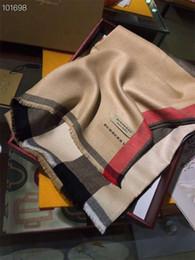 Großhandel Top-Designer Kaschmirschal Marke Schal Damen weichen super langer Designer-Schal Schal Frühling und weisePlaids Schal ohne Kasten von Fabrikanten