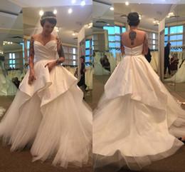 vestidos de bola de la boda de marfil Rebajas 2019 blanco / marfil vestido de novia sin tirantes princesa Layers Beach Curch Bohemia vestido de novia Vintage vestido de boda por encargo