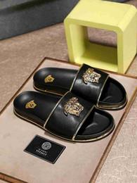 Neue pantoffel design männer online-Männer Casual Hausschuhe Sommer Neue Mode Und Markenqualität Sandalen Persönlichkeit Design mit box