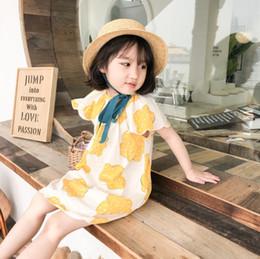vestidos de impresión amarilla Rebajas 2019 Nuevos niños vestidos de verano niñas galletas amarillas impresas princesa vestido de algodón cuello redondo falbala mosca manga manga vestido F6501