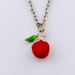 Collana di pendente rossa della mela online-Vendita calda! 15 pz / lotto smalto rosso collane con ciondolo pendente in lega di mela 23,6 pollici 13x18mm ciondolo A-524d