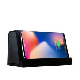 Chargeur standard en Ligne-Chargeur sans fil avec haut-parleur Bluetooth version 4.2 4.2mAh de support de téléphone Bluetooth 4.2 QA standard chargeur rapide haut-parleur de charge