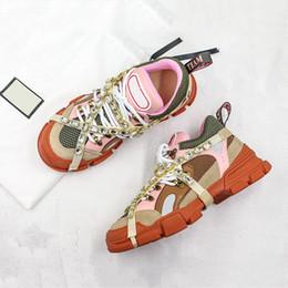 Laços de sapato rosa quente on-line-Hot Ins New Arrivals FlashTrek papai Running Shoes Red cristal rosa branco preto Low Trainers Designer Homens Mulheres Duplo encaixotado