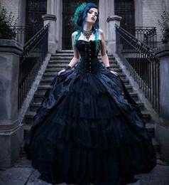 2020 vampiro vestito dalla regina Nero gotico vittoriano abiti da sposa corsetto senza spalline vampiri stile punk Country Wedding Dress Plus Size male abiti da sposa d'epoca Queens vampiro vestito dalla regina economici