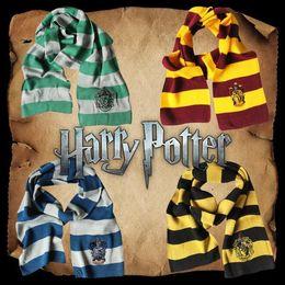 Bufanda de harry potter slytherin online-4 estilos Harry Potter College bufanda Gryffindor Slytherin Hufflepuff Ravenclaw punto pañuelo con insignia Cosplay bufandas CCA11058 60pcs