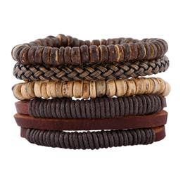 Bracciali in pelle bracciali in pelle fatta a mano online-2018 Braccialetti di cuoio alla moda uomo braccialetti fatti a mano in legno perline fai da te Vintage multistrato intrecciato in pelle intrecciato braccialetto gioielli regali