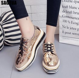 73343d9ff337c New Women Flats high quality Brogue Shoes Woman Flat Platform Oxfords  Fashion Lace up Casual Wedge platform shoes Creepers A240