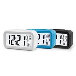 Lcd lumière d'affichage en Ligne-Capteur de batterie Bureau Horloge de table Horloge numérique Horloge étudiante Grand écran LCD Snooze Température Enfants Horloge Lumière