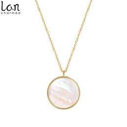 collana rotonda della perla della madre Sconti Lancharmed minimo Madre rotonda della Collana di perle Disc Circle reversibile collane regalo per le ragazze delle donne Teens