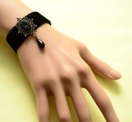 goth armbänder Rabatt 2018 neue schmuck zubehör persönlichkeit mode abendländisch goth armband elegant und sexy flanell hand ornamente armband