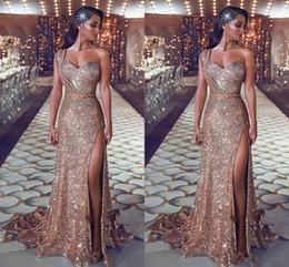 um vestido de noiva de um ombro Desconto 2020 Sexy Sparkly Rose Gold Lantejoulas Vestidos de Baile de Um Ombro Bainha Side Dividir Sweep Train Plus Size Formal Evening Vestidos Pageant Desgaste