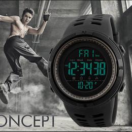 orologio grande mano Sconti Orologio da polso sportivo analogico con orologio sportivo da uomo, analogico, sportivo, con cinturino nero