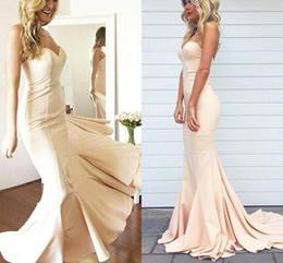 robes élégantes couleur nude Promotion Robes de bal 2018 élégantes simples Sexy chérie hors épaule robes de soirée de sirène nude couleur plus la taille sur mesure robes faites la fête