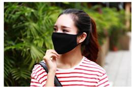 Anti-Toz Anti-Sis Pus Pamuk Ağız Maskesi Yüz Maskesi Unisex Adam Kadın Bisiklet Giyen Siyah Rider Sıcak Moda Kış Yüksek kalite 20 * 13 CM cheap women cotton mouth mask nereden kadın pamuğu ağız maskesi tedarikçiler