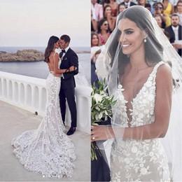 Vestidos de noiva sem trombeta on-line-2020 Sexy Backless vestidos de casamento Mermaid Beach V-neck 3D Lace Applique Varrer Trumpet Steven Khalil Jardim vestido de casamento nupcial