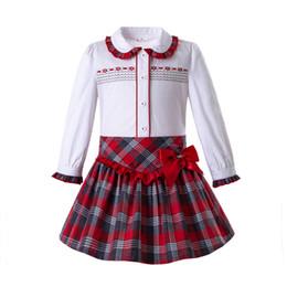 Грудь девушки онлайн-Pettigirl осень девочки комплект одежды однобортный топы с красной сеткой юбки старинные дети дизайнер одежды девушки G-DMCS108-C80