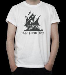 camicia pirata nera Sconti THE PIRATE BAY T-SHIRT CON LOGO NERO NERO Web IT Hacker INTERNET Torrent GREY T-shirt con cappello bianco
