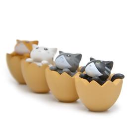 2019 bambola di gatto diy Creativo Action Figure Giocattoli Lovely Cat In Eggshell Micro Paesaggio Giardinaggio Dolls DIY Fun Home Decor 1 25 Ww bambola di gatto diy economici