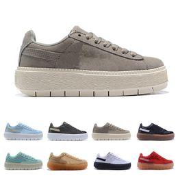 Sapatilha marrom para mulheres on-line-2019 Womens Casual Running Calçados Esportivos Designer de Tênis Ao Ar Livre Marrom Preto Azul Lace-up Sapatos da Moda Tamanho 36-39