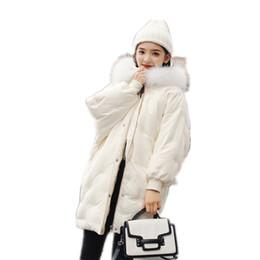 96b8ecab2ca92 Chaqueta de pluma estilo medio y largo para mujer 2018 Coreano nuevo y  suelto traje de pan ligero y pesado abrigo de invierno con cuello de lana  90313