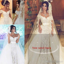 Gorgeous 2019 Overskirts vestidos de novia con tren desmontable perlas sirena vestido de novia de encaje Dubai vestidos de novia por encargo desde fabricantes