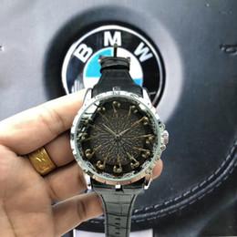 mulheres usando relógios Desconto Movimento de negócios relógios de Quartzo de Luxo homens Modernos Relógio de Pulso feminino Designer Novo relógio das mulheres Presente Relógio Desgaste resistente Atacado